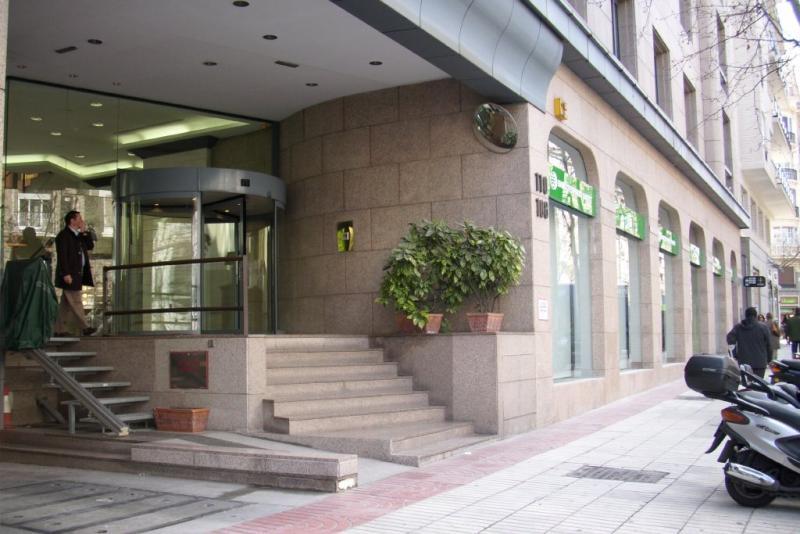 Banco espirito santo oficinas centrales c vel zquez for Oficinas ing direct barcelona