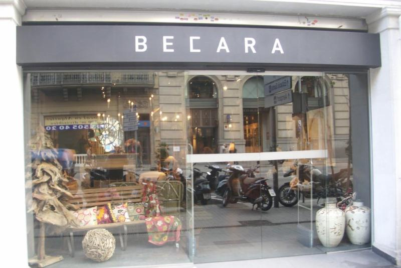 BECARA BARCELONA – c/ Aragón, - Barcelona –